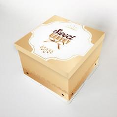 黄色方蛋糕盒插图
